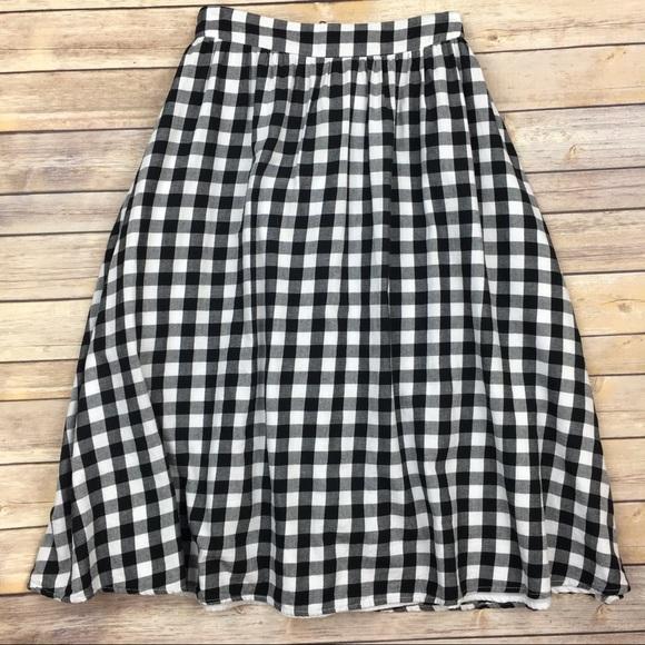7af2ecf6a J.O.A. Dresses & Skirts - J.O.A. Los Angeles gingham midi skirt Sz Small